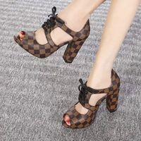women s chunky heel dress shoes venda por atacado-High-end sapatos femininos de moda de salto alto sapatos de qualidade superior 35-40 personalizado privado (com caixa + saco de pó)