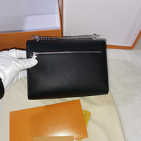 Wholesale top quality women's Bags Grain cowhide Leather lady's dinner handbag Contains the date code internally Mini bag Makeup send box 8A40780