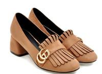 tacón cuadrado de mujer al por mayor-2018 zapatos de gamuza para mujer en primavera y otoño con estilo nuevo tacón medio Tacón grueso Cabeza cuadrada