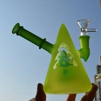 bongos de cone venda por atacado-Brilham no escuro Rig taça Bong fosco Verde Dab óleo da tubulação de água de 5,4 Luminous Bubbler Único Cone Vidro Hookah 14,4 milímetros Joint