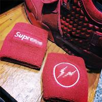 pulseras de toalla al por mayor-Muñequera de baloncesto con soporte de muñeca, muñeca protectora con movimiento de sudor, protector de relámpago, pulsera bordada, envío gratis