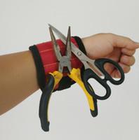 porte foret magnétique achat en gros de-Support de poignet fort magnétique pour vis porte-ongles Bracelet bande outil bracelet sac pochette vis de forage titulaire titulaire cadeau livraison gratuite
