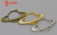 metal çerçeveler takılar toptan satış-20 adet 57 * 30 MM DIY takı malzemeleri ve aksesuarları altın delikli uydu takılar metal boş çerçeve Japonya popüler hollow jant kolye