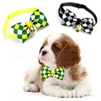 ingrosso colletto di bowtie-Lovely Bow Cats Dog Tie Dogs Bowtie Collar Pet Supplies Campana Cravatta CollarHot Vendite Multi Colori Spedizione gratuita 100 pezzi / lotto