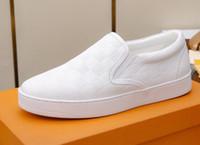zapatos de cuero para hombre a pie al por mayor-Moda caliente para hombre de tela escocesa mocasines Mocasín-gommino PVC plana ocasional caminar impermeable Genunie cuero Slip en zapatos de vestir EU38-45