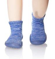 zapatillas antideslizantes al por mayor-Zapatillas antideslizantes para niños mocasines de algodón transpirable niños niños bebés niños interiores zapatos al aire libre calcetines de bebé mr001