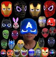 capitão américa figuras venda por atacado-LED Glowing Máscara de Iluminação Spiderman Capitão América Herói Figura Máscara Do Partido Do Dia Das Bruxas Cosplay Acessório Acessório 9 Cores crianças brinquedos