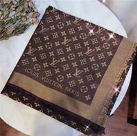 spandex model lycra venda por atacado-New Outono / Inverno 2019 caixa de seda tecidos textura e cachecol de lã super brilhante e caro ouro e material de fio de prata de super high-end