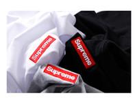 rote schwarze graue hemden großhandel-Suprene Small Rot Besticktes LOGO Kurzarm T-Shirt Schwarz und Weiß Grau S M L XXL
