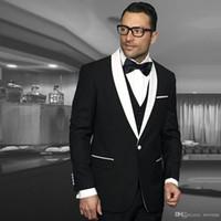 ingrosso sposo tuxedo argento bianco nero-Smoking nero con scialle bianco risvolto smoking da uomo con un bottone tre pezzi usura da sposo su misura giacca sportiva da uomo