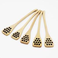 ingrosso accessori da cucina in legno-2 Stile di legno creativo intaglio Miele agitazione Miele Cucchiaio Honeycomb intagliato Honey Dipper attrezzo della cucina Posate Accessori da DHL