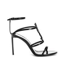 sandalias beige para mujer al por mayor-Calidad superior 2019 estilo de diseño de lujo de charol tacones de emoción mujeres únicas letras sandalias vestido de boda zapatos zapatos sexy 35-41