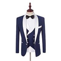 ingrosso pantaloni bianchi del vestito del legame dell'arco blu-2019 Groomsmen su misura scialle bianco smoking smoking sposo blu Abiti da sposa uomo giacca migliore (giacca + pantaloni + gilet + papillon) Y190420