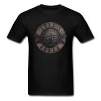 ropa rosas al por mayor-Camiseta Punk Guns N Roses Camiseta Hombre Camiseta negra Tops de metal pesado 100% Ropa de algodón Pistola 3d Estampado de rosas Ropa Hip Hop