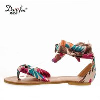 леди лента богемная оптовых-Daitifen Womens Flip Flops Flat Soft Women Summer Shoes Flat Bohemian Beach Sandals Ladies Ribbon Strappy Sandals Plus Size