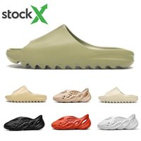 chinelos de praia para homens venda por atacado-Stock X 2020 Bone Mens luxury designer Slippers Foam runner kanye west Desert Sand Resin Beach women men Slides slipper sandal sandals 36-45