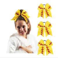 lazo de pelo de cinta roja al por mayor-Equipo de softbol Béisbol Cheer Bows Cinta amarilla y purpurina roja Se pega con los titulares de pelo de cola de caballo para las chicas de porristas CNY151