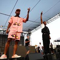 pantalones cortos de hombre rosa al por mayor-19ss Luxury Golf Wang Pink Blue Big Bee Shorts Hombres Camisetas de diseño Mujeres Camisa de pareja Camisa de marea Hip Hop de alta calidad HFSSTX276