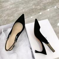 zapatillas de mujer sexy al por mayor-venta 2019 casual sexy zapatos de diseñador cuero genuino mejor zapatos de tacones altos de alta calidad zapatillas sandalias bombas zapatillas de deporte para mujer zapatos de tacón bajo