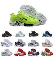 ingrosso bandiere bianche nere-2019 Nuovo Designer Economici Tn NIC QS Scarpe Originale Tn Bandiera Internazionale Chaussures Requin Ultra OG Nero Bianco Trainer Sport Sneakers