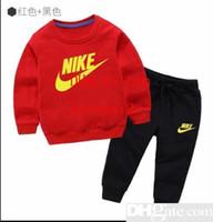 köpek spor kıyafetleri toptan satış-Kaliteli Çocuk Erkek Giyim Setleri Bahar Sonbahar Çocuklar Karikatür Köpek Tişörtü Pantolon Giysi Set Çocuk Erkek Spor Takım Elbise Kıyafetler