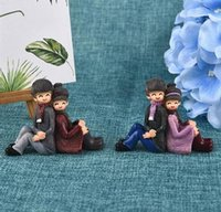 Wholesale antique garden ornament for sale - Group buy Creative Back To Back Lovers Couple Resin Ornaments Moss Micro Landscape Home Garden Wedding Decoration