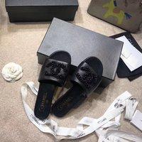 perle schuhe damen größe großhandel-2019 neueste mode perle designer arbeiten sommer frauen sandalen kleid schuhe damen strass niedrige ferse hausschuhe original box größe 35-40