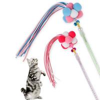 brinquedos coreanos venda por atacado-2019 Novo Brinquedo Do Animal De Estimação Coreano Sino Bola De Veludo Pena Jogando Doce Cor Borla Fada Engraçado Cat Vara Atacado Frete Grátis
