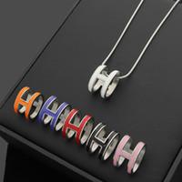 ingrosso pendente di lettera h-catena color argento moda in acciaio inossidabile con collana con ciondolo lettera smalto h per donna alla moda