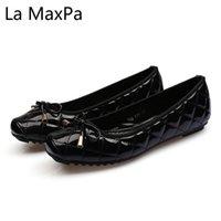 yeni kat ayakkabıları toptan satış-İlkbahar Yaz Yeni Kadın Ayakkabı Moda Büyük Boy Lake Kaplı Kelebek Düğümlü Düz Tabanlar Kare Başlı Ayakkabı üzerinde Kayma
