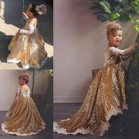 vestidos brancos para crianças pequenas venda por atacado-2019 Sparkly Ouro Vestidos Da Menina de Flor com Apliques de Renda Branca Mangas Compridas Oi Lo Toddlers Adolescentes Partido Comunhão Vestido Pageant Vestidos