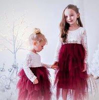 elfenbein burgund blumenmädchen kleider großhandel-Elfenbein-Spitze-Blumen-Mädchen-Kleider mit Burgunder Tulle Blumenspitze mit langen Ärmeln Reißverschluss-Rückseite des Mädchens Partei-Kleid mit glänzenden Schärpe