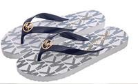 düz güzel ayakkabı toptan satış-Web ünlü flip-flop dışında bayanlar yaz için flats giyen bayanlar terlik için sahilde güzel tatil plaj ayakkabı sahilde kayma