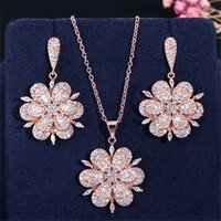 avusturya çiçek kolye toptan satış-Moda Lüks Takı 925 Gümüş Set Kolye Kolye ve Küpe Avusturya Gül Altın Çiçek Tasarım Stil Parti Kristal Set