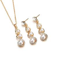 ingrosso collana coreana del diamante della perla-2019 nuova versione coreana di semplice lega atmosferica set di diamanti collana di perle ciondolo orecchini set di diamanti all'ingrosso