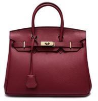red wine toptan satış-Tasarımcı-Yüksek kaliteli Kilit çanta Kadın haberci Çanta Kadın Çanta Omuz çantası çapraz vücut çanta Tote Çanta Toz Şarap kırmızı renkler