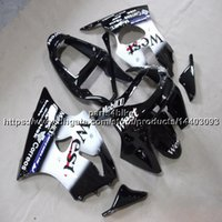 ingrosso kawasaki zx6r 1998 carena bianca-Custom + 5Gifts nero bianco moto carenatura per Kawasaki ZX6R 1998-1999 ZX-6R 98 99 kit in plastica ABS