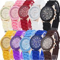 женские наручные часы силиконовой жены оптовых-Роскошные тень стиль Женева часы желе Силиконовый пояс талии часы для мужчин женщин унисекс повседневные часы Кварцевые наручные часы пара подарков