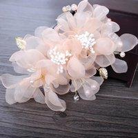 cabelo rosa branco venda por atacado-Festa de casamento romântico rosa branco voile seda flor pin cabelo com contas de noiva artesanal cabelo jóias acessórios de noiva