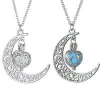 ingrosso fascino di pietra del gemma-New Moon Glowing Collana Gem Charm Gioielli in argento placcato donne Halloween Hollow Collana di pietra luminosa regali