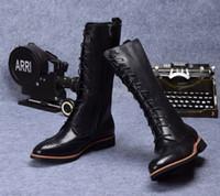 botas marrones para el invierno al por mayor-Moda estilo británico Brown tan / Negro hasta la rodilla para hombre botas cuero genuino para hombre botas de invierno zapatos casuales al aire libre