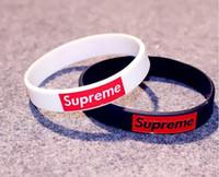 bracelets livraison gratuite achat en gros de-Vente en gros - 50pcs mode collocation bracelet en silicone de la mode suprême Bracelet Mix Commande Bracelet cadeau livraison gratuite