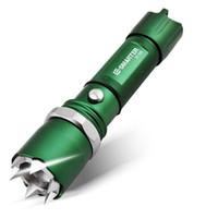 lanterna de carregamento venda por atacado-Lanterna anti-lobo com USB cobrando tática lanterna de auto-defesa Ms. homem velho auto-defesa verde bateria de longa duração