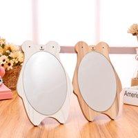 satış kahverengi elbiseler toptan satış-Ahşap Masaüstü Ayı Karikatür Soyunma Ayna Beyaz Kahverengi Prenses Yaratıcı Taşınabilir Aynalar Öğrenciler Severler Sıcak Satış Hediye 6 3sjD1