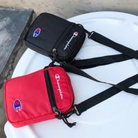 correa de nylon al por mayor-Champions Brand Messenger Bag Fashion Crossbody Sling Belt Bags MINI Bolsa de hombro Viaje de compras Compras Belt Paquetes Carteras para teléfono Hot B383