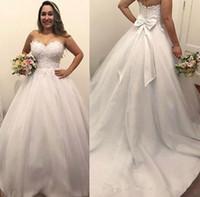 vestido de lazo con lazo atrás al por mayor-Vestidos de novia de talla grande con lazo en la espalda con lazo de encaje Apliques de encaje Vestido de novia de Mariage Vestidos de novia Vestidos de novia por encargo