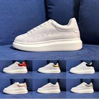 golf de moda al por mayor-Diseñador chaussures Zapatos Mujer Hombre Zapatillas Deportivas Zapatillas de skate Moda Carrera Marca Runner Plataforma de moda de lujo Entrenadores a pie