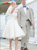 vestido de casamento do jardim do laço bateau venda por atacado-1950s vestidos de noiva de renda curta Bateau meia manga na altura do joelho jardim praia país vestidos de noiva robe de mariée Plus Size barato 2019
