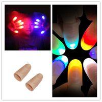 truques mágicos da novidade venda por atacado-Novidade engraçado Light-Up Thumbs LED Light Piscando Dedos Truque de Mágica Adereços Amazing Glow Brinquedos Crianças Crianças Presentes Luminosos