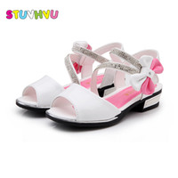 Wholesale blue beach wedding shoes resale online - White pink blue Fashion Sandals for Girls Summer Princess Rhinestones Kids Beach Shoes Wedding Party Shoes Rubber Insole